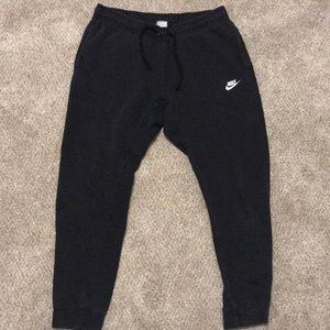 Men's nike joggers with pockets